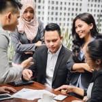 働くインドネシア人社員